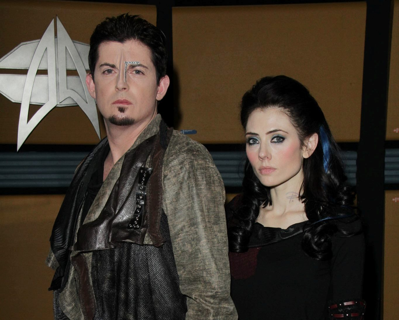 Manu Interaymi as Icheb and Adrienne Wilkinson as Lexxa, Star Trek Renegades