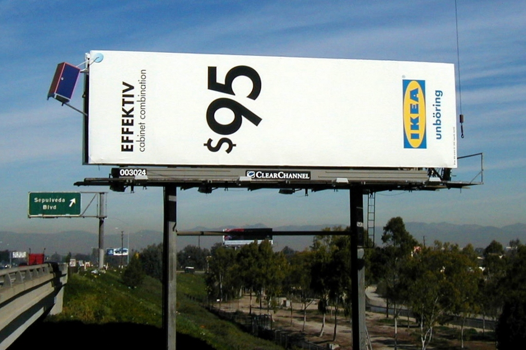 ikea effektiv billboard los angeles sepulveda blvd and 110 impaqt fx. Black Bedroom Furniture Sets. Home Design Ideas